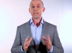 4 Powerful Public Speaking Tips blog image